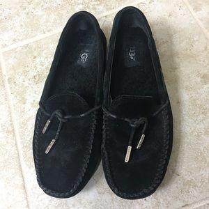 UGG Australia Moccasin loafer size 8.5